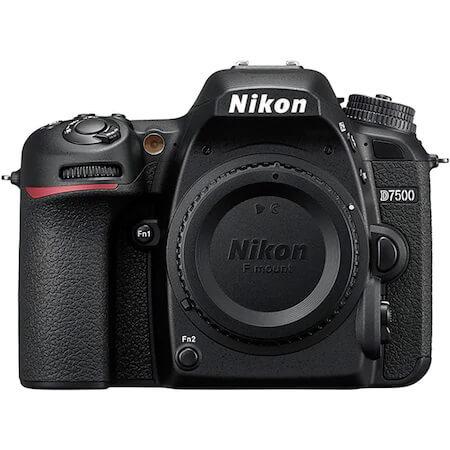 DSLR Nikon D7500